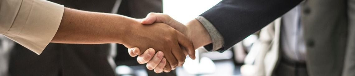 פגישת ייעוץ משפטי לצורך התייעצות עם עורך דין